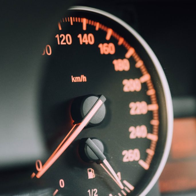 Ilustračný obrázok - tachometer